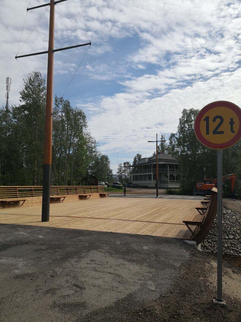 Kissankoskenrannan sillan ja polun rakentaminen