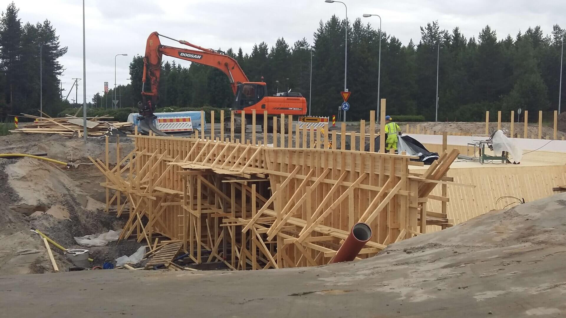 Loimukoivunpuiston alikulkukäytävän rakentaminen