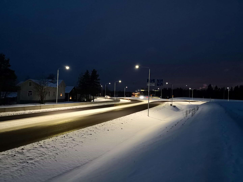 Vt8 parantaminen Mettalanmäen kohdalla.